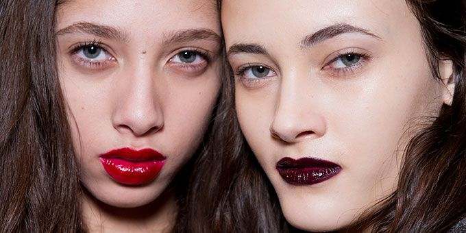 Autumn winter 2016 dark lips beauty trend from the A/W 16 runway