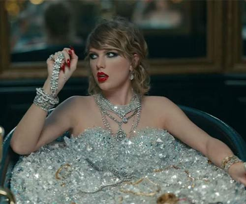 6 thoughts we had about the LWYMMD video