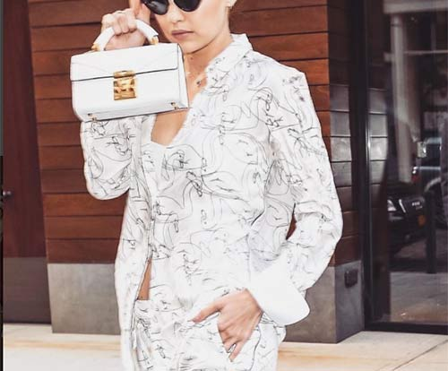 The oversized shirt is the new must-have fashion trend