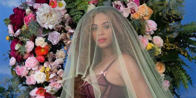 All hail Queen Bey! Only she could announce her pregnancy like this.