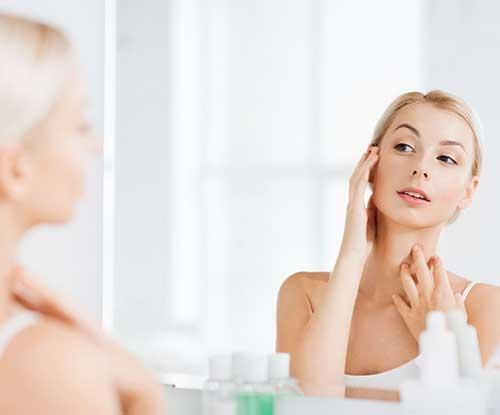 How to properly prep your skin before makeup