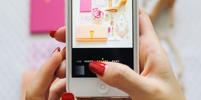 This is the ultimate lazy girl's guide to a perfect Instagram feed.
