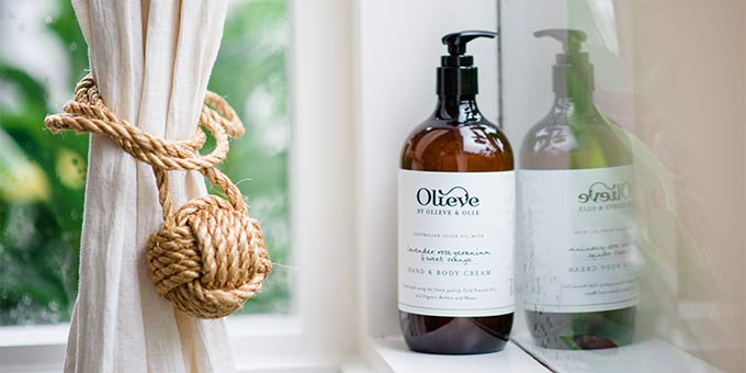 Are the cooler months already taking its toll on your skin? All you need is Olieve & Olie.