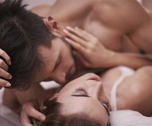 7 things women believe about men & sex (are false)