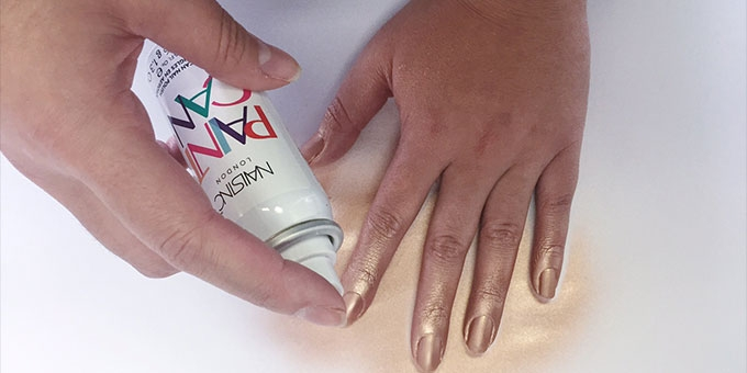 Nails Inc Spray on nail polish product review. Watch our video here.