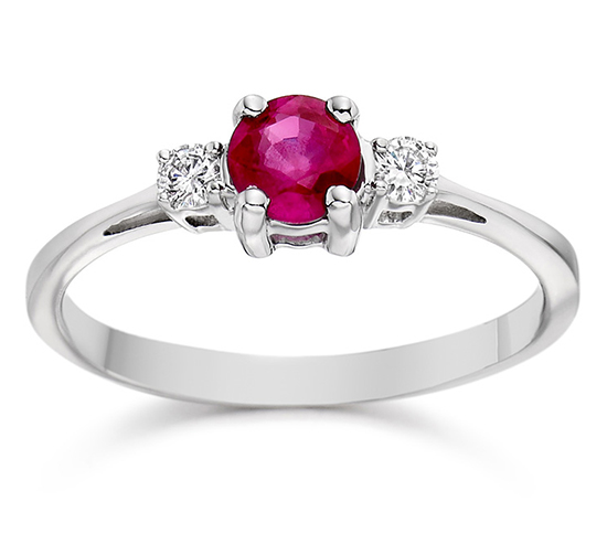 Vashi.com Diamond and Ruby Ring in 18k White Gold, £499