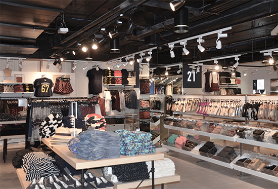 Forever 21 has opened its first Australian store in Brisbane!