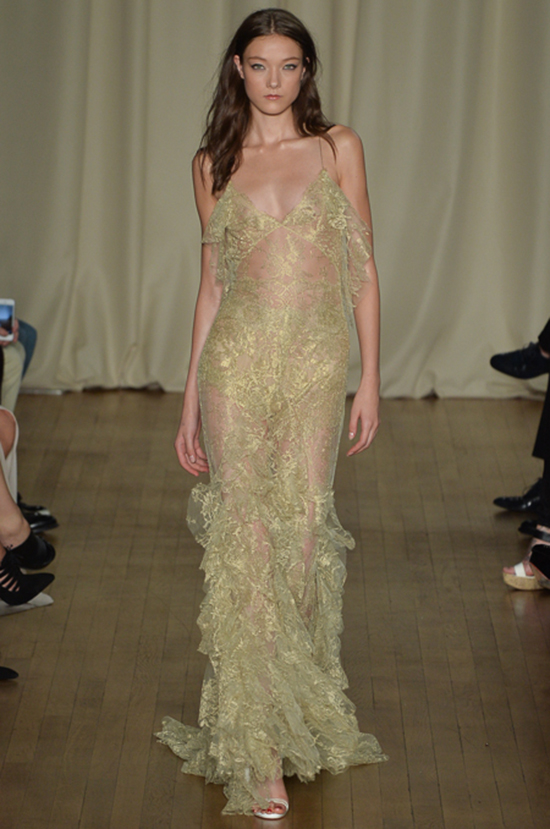 Hair-How-To from Marchesa's Spring Summer 2015 Fashion Show